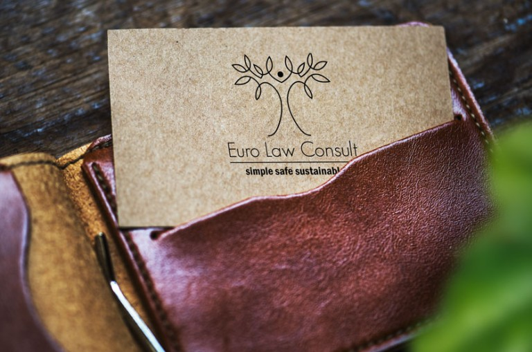 logo carte de visite arbre simple epure graphiste