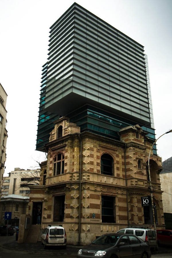 Buildings That Are Weird And Amazing At The Same Time (20)