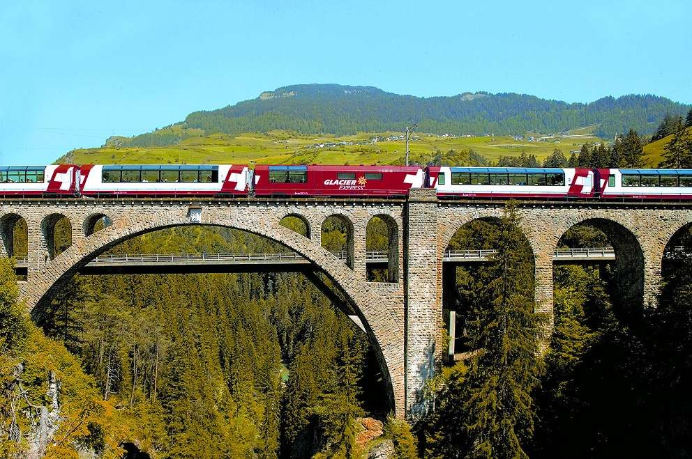 These Pictures Will Make You Want To Board The Glacier Express Right Away! (6)