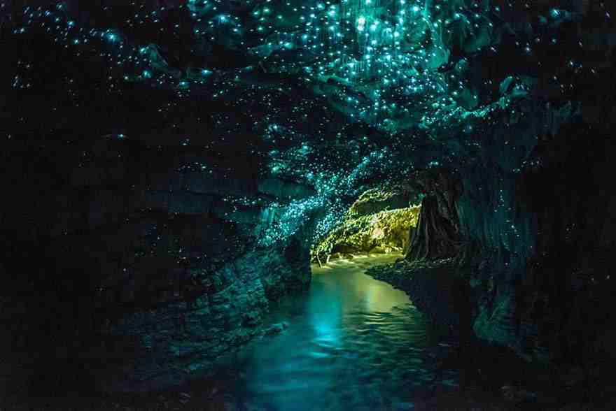 15-caves-from-around-the-world-thatll-make-you-explore-one-right-away-8