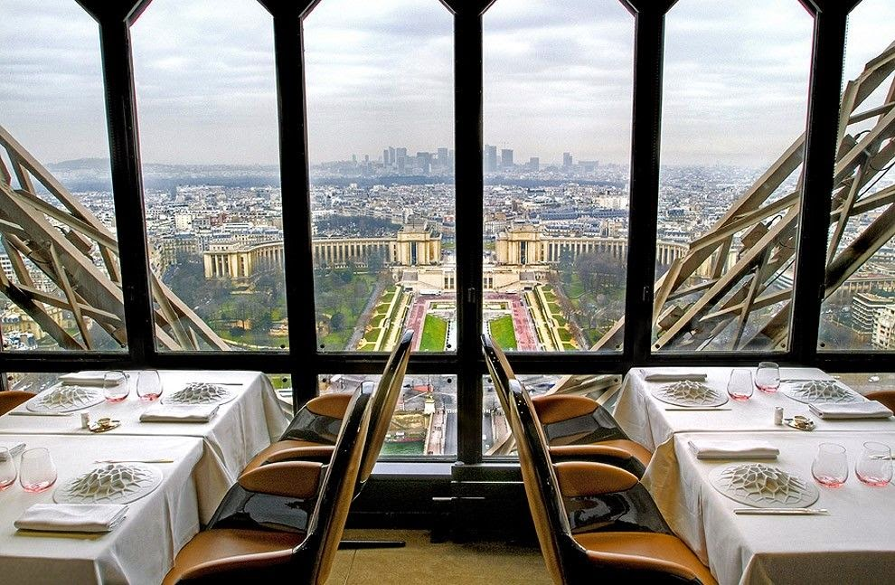 25 Restaurants You Should Visit Just For The View They Offer (15)