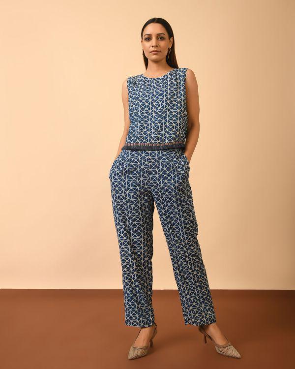 Girl wearing indigo dyed dabu print co-ord set full set with pocket pants