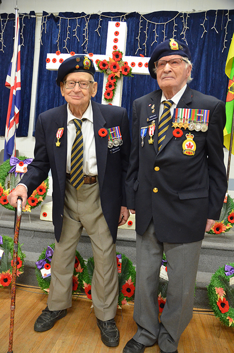 Last two WWII veterans honoured on Remembrance Day