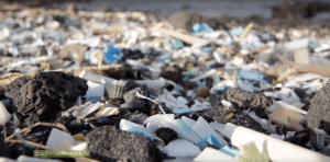 USA – HI,  Great Pacific Garbage Patch Spoils Hawaii Island Beach