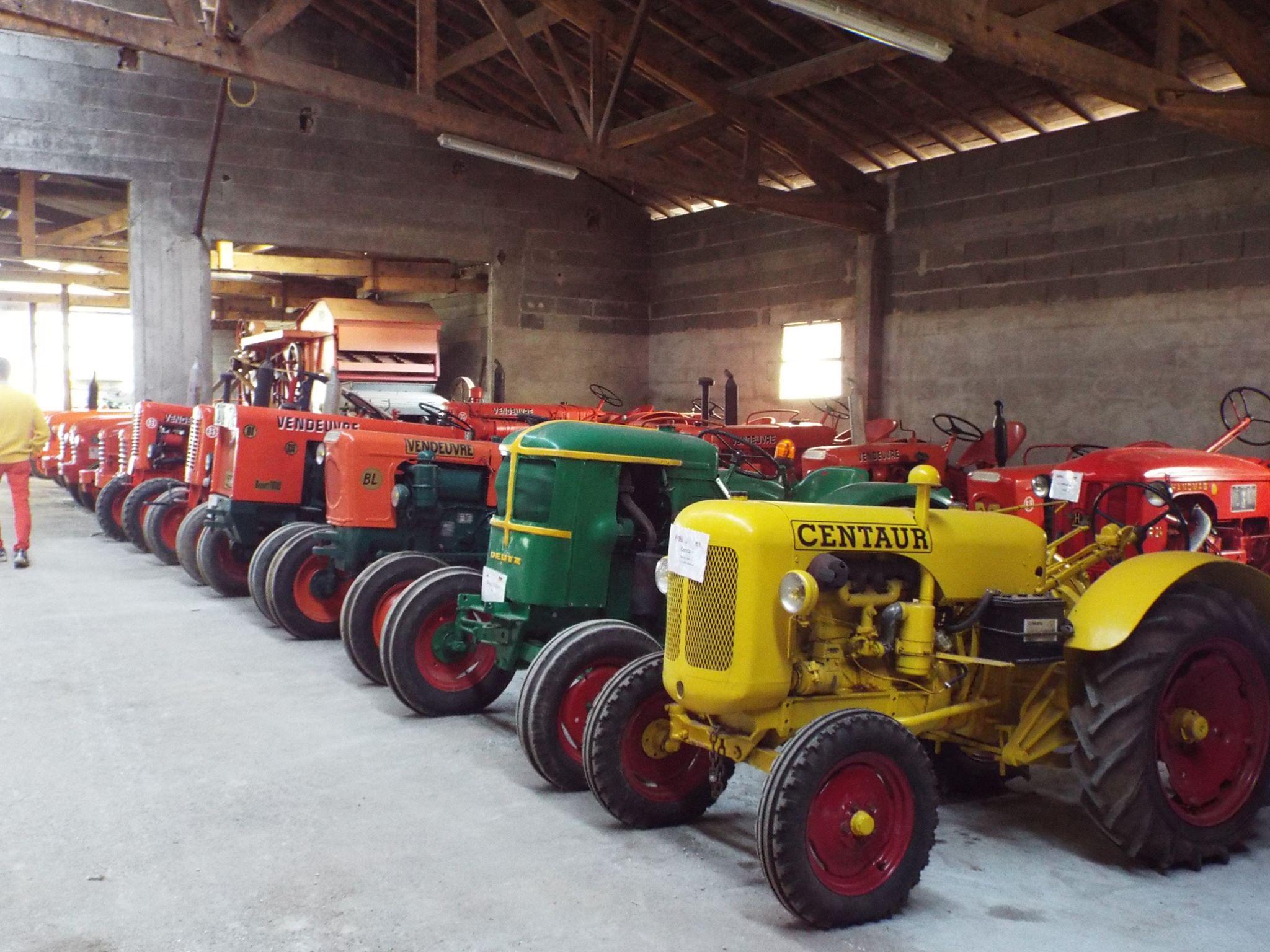 Le musée du tracteur, ferme Gratebio