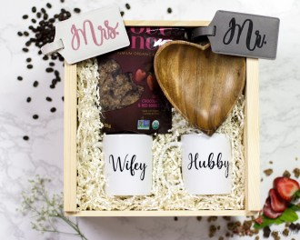 Gift Box Newlywed Engagement Wifey Hubby Coffee Mug Set Wood Heart Bowl Luggage Tag
