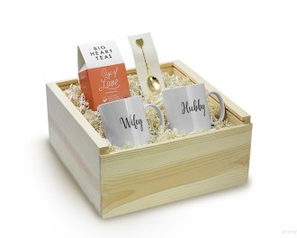 Newlywed Gift Box Set Breakfast Tea Mug Engagement Gift Housewarming Gift Box
