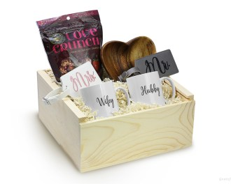 Newlywed Gift Box Set Wood Heart Bowl Coffee Mug Engagement Gifts Just Married