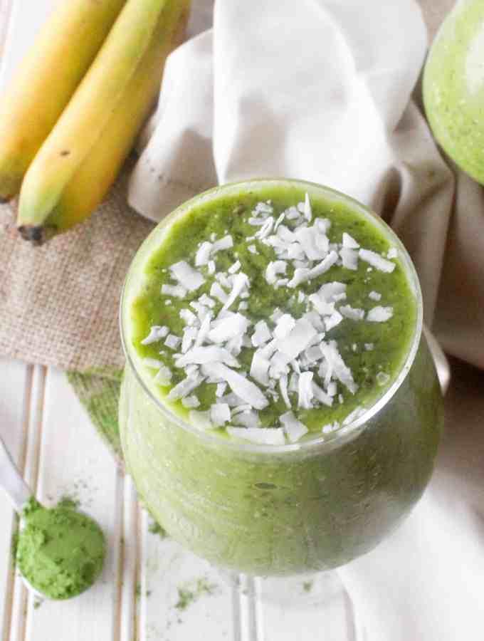 Energizing Tropical Green Tea Smoothie