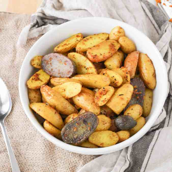 Roasted Turmeric Black Pepper Fingerling Potatoes are a simple and healthy vegan side dish!