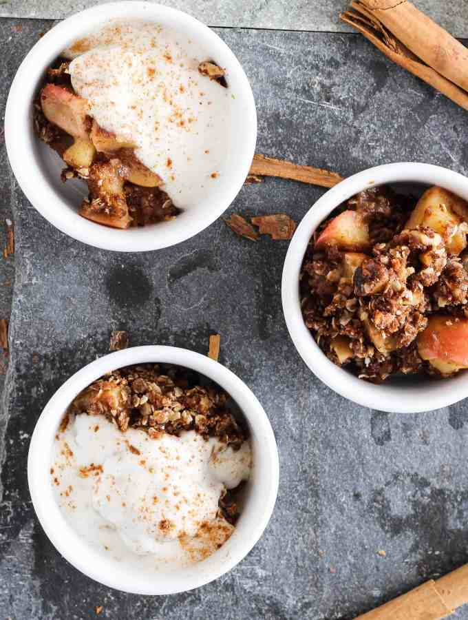 Vegan Spiced Apple Crumble