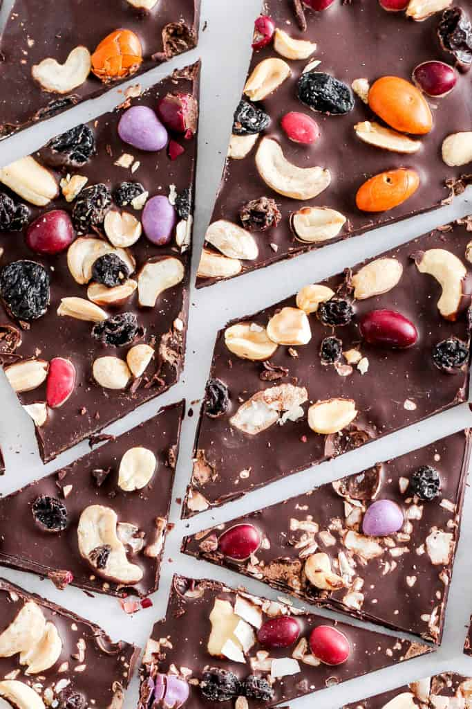 Dark chocolate bark is a foolproof (and totally customizable) healthy dessert for Valentine's Day—and beyond. Top with trail mix and coconut + sea salt.
