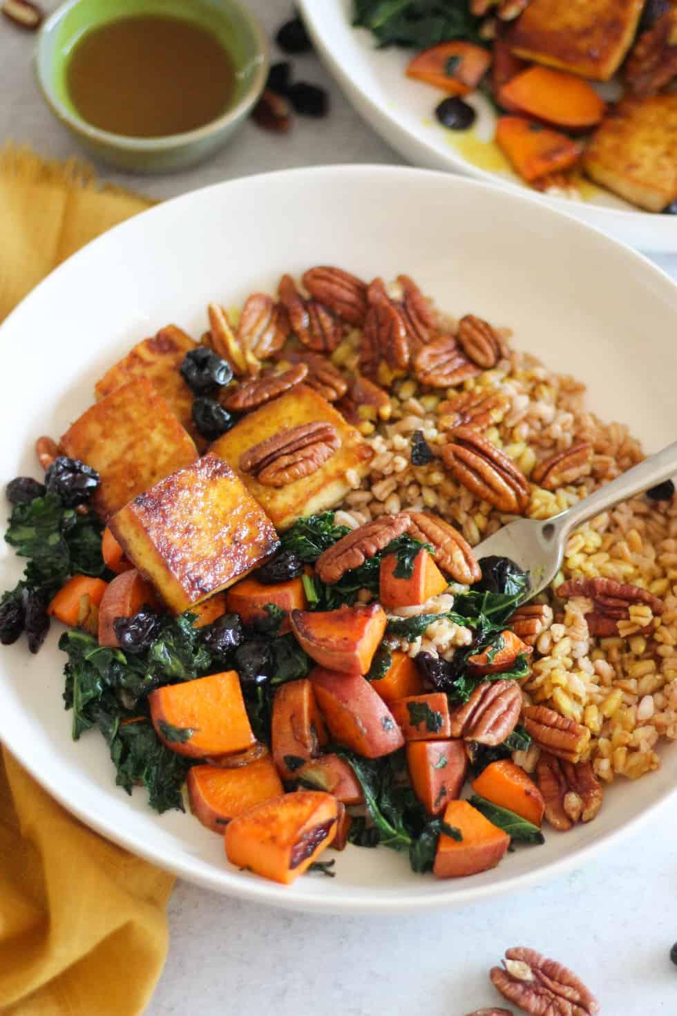 Thanksgiving leftovers in Baked Tofu Harvest Bowls.