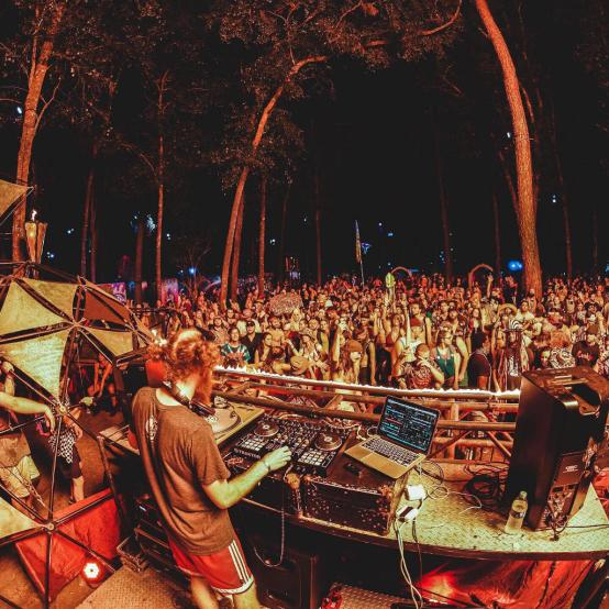 Andy Bruh Incendia Stage Hulaween