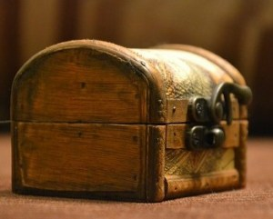 box treasure chest