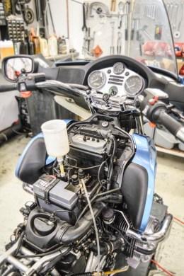 BMW R1200CL Wechsel der Bremsflüssigkeit im Integral ABS