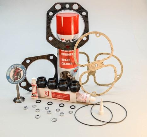 Dichtsatz komplett für alle R100 Modelle, unter anderem R100GS, R100R, R100RS. Zylinderkopfdichtungen, O-Ringe, Ventildeckeldichtungen, Dichtmasse, Kupferpaste, Stößeldichtungen, Muttern, Scheiben.