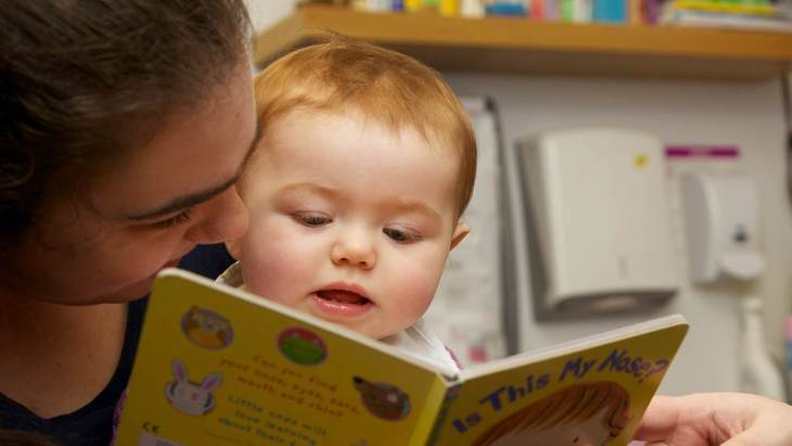 carti pentru bebelusi