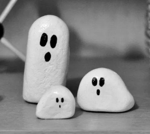 pietre fantoma decoratiuni halloween