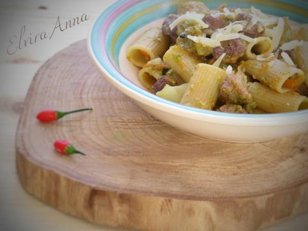 pasta broccoli, zucca e salsiccia