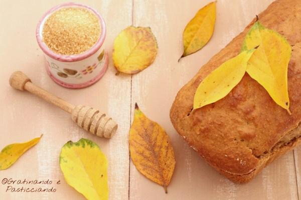 plumcake integrale con miele e noci