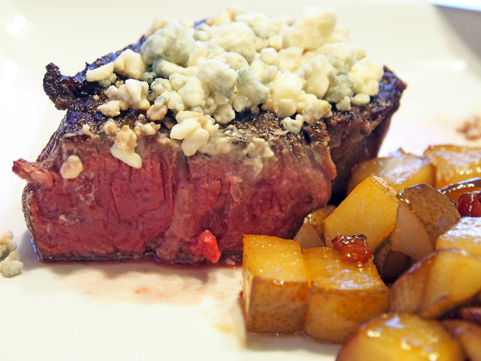 Perfect-Filet-Mingon-and-Pears-14