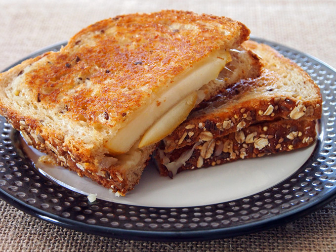 Pear-and-Fontina-Grilled-Cheese-1