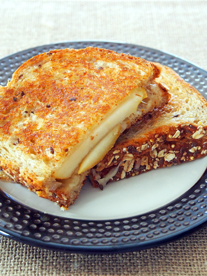 Pear-and-Fontina-Grilled-Cheese-9