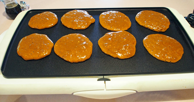 gingerbread-pancakes-6