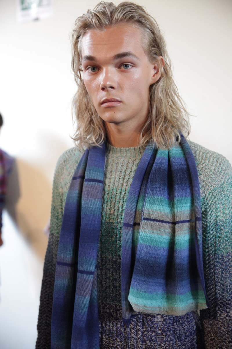 MODEL RASMUS FISKER MISSONI SS15 BACKSTAGE