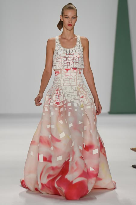 Carolina Herrera Ready To Wear SS 2015 NYFW