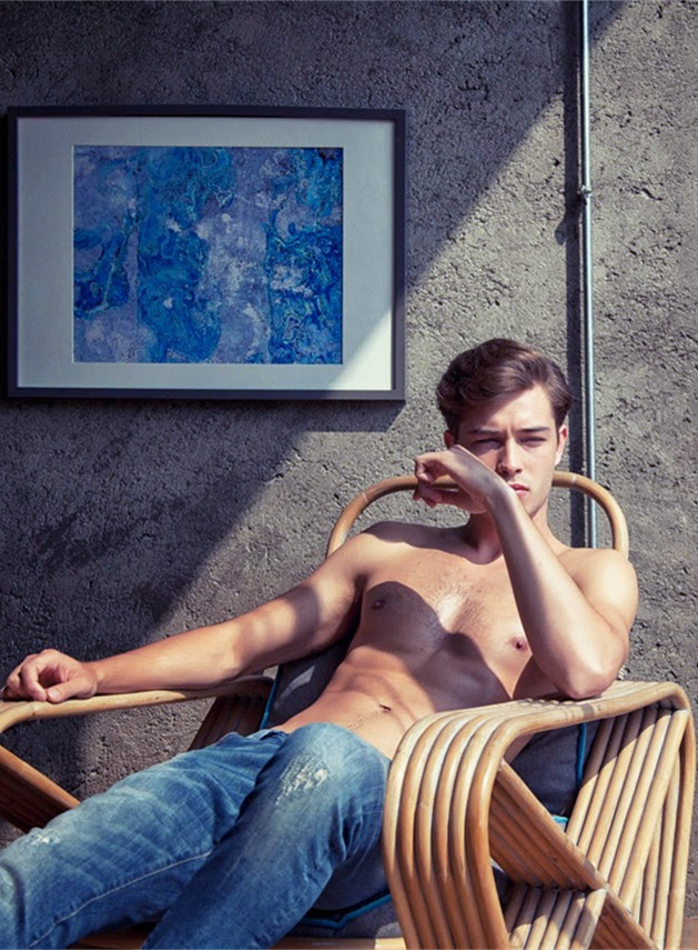 Francisco Lachowski for the Mavi Campaign