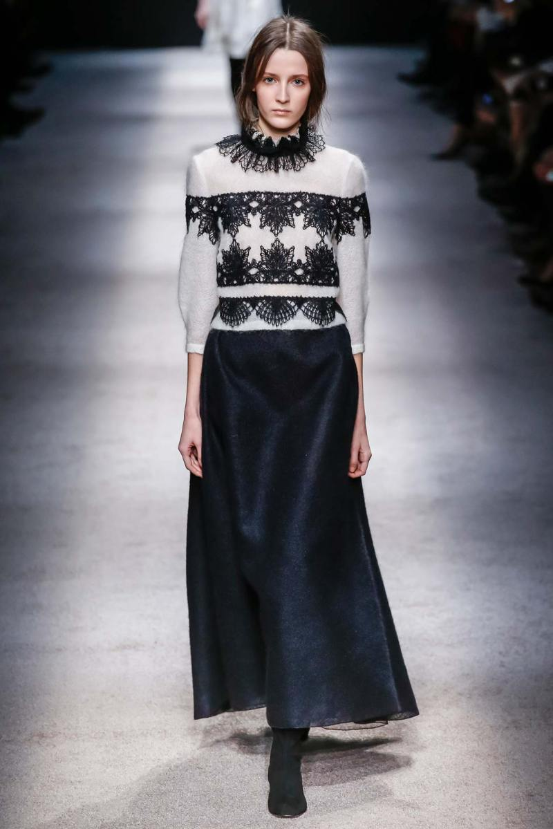 Alberta Ferretti Ready to Wear FW 2015 LFW (4)