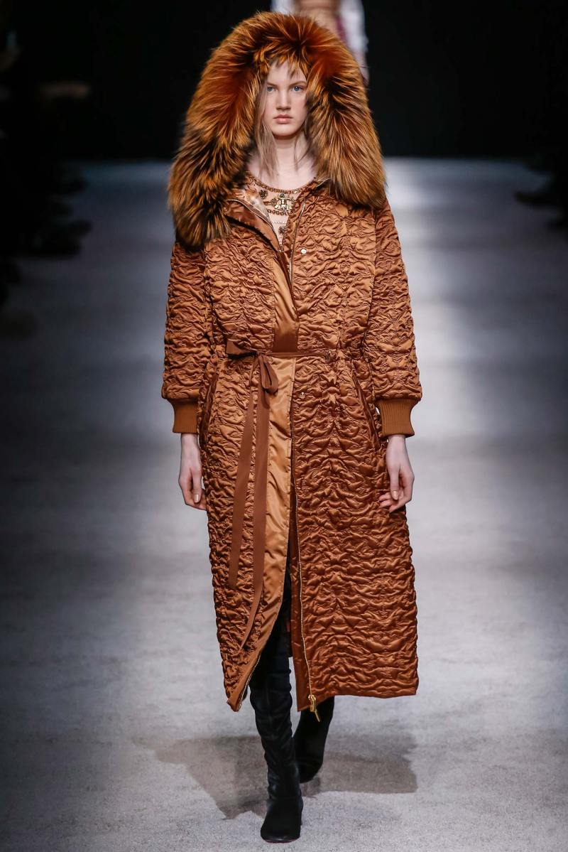 Alberta Ferretti Ready to Wear FW 2015 LFW (43)