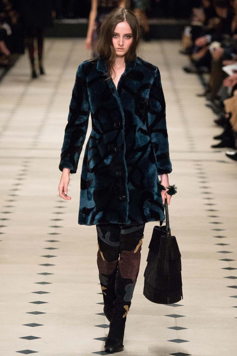 Burberry Prorsum Ready to Wear FW 2015 LFW (23)