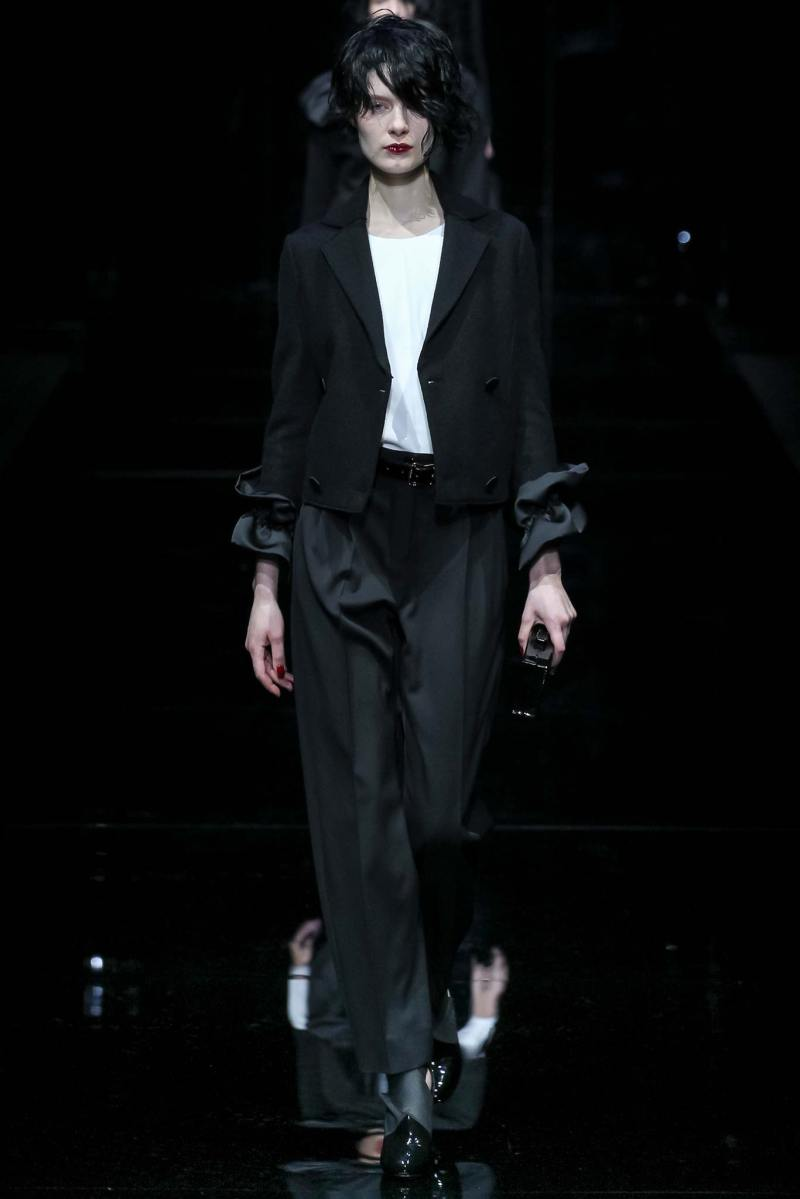 Emporio Armani Ready to Wear FW 2015 MFW (53)