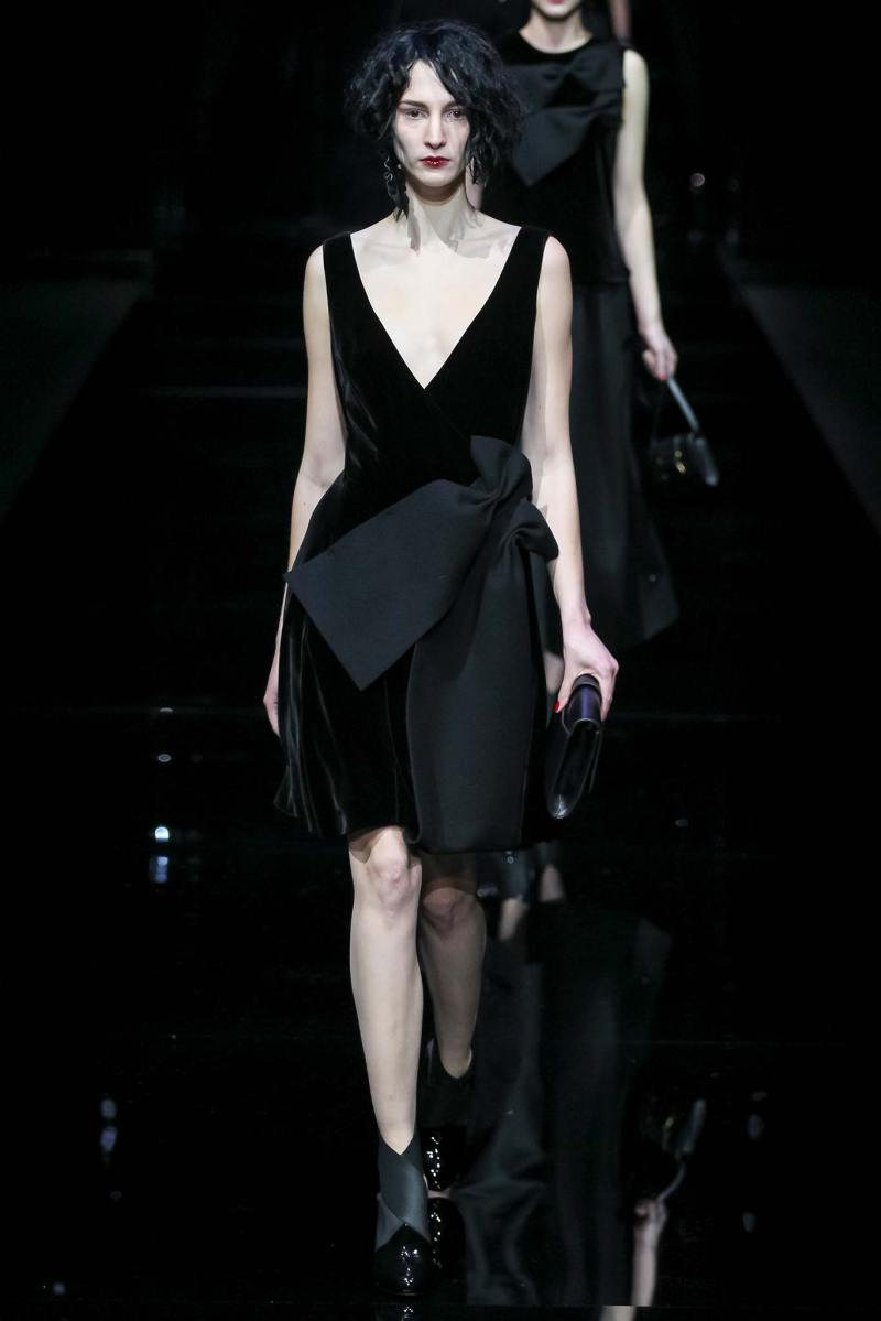 Emporio Armani Ready to Wear FW 2015 MFW (58)