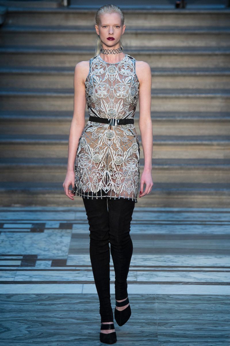 Julien Macdonald Ready to Wear FW 2015 LFW (30)