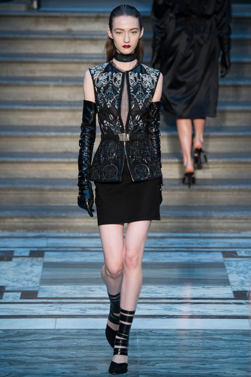 Julien Macdonald Ready to Wear FW 2015 LFW (31)