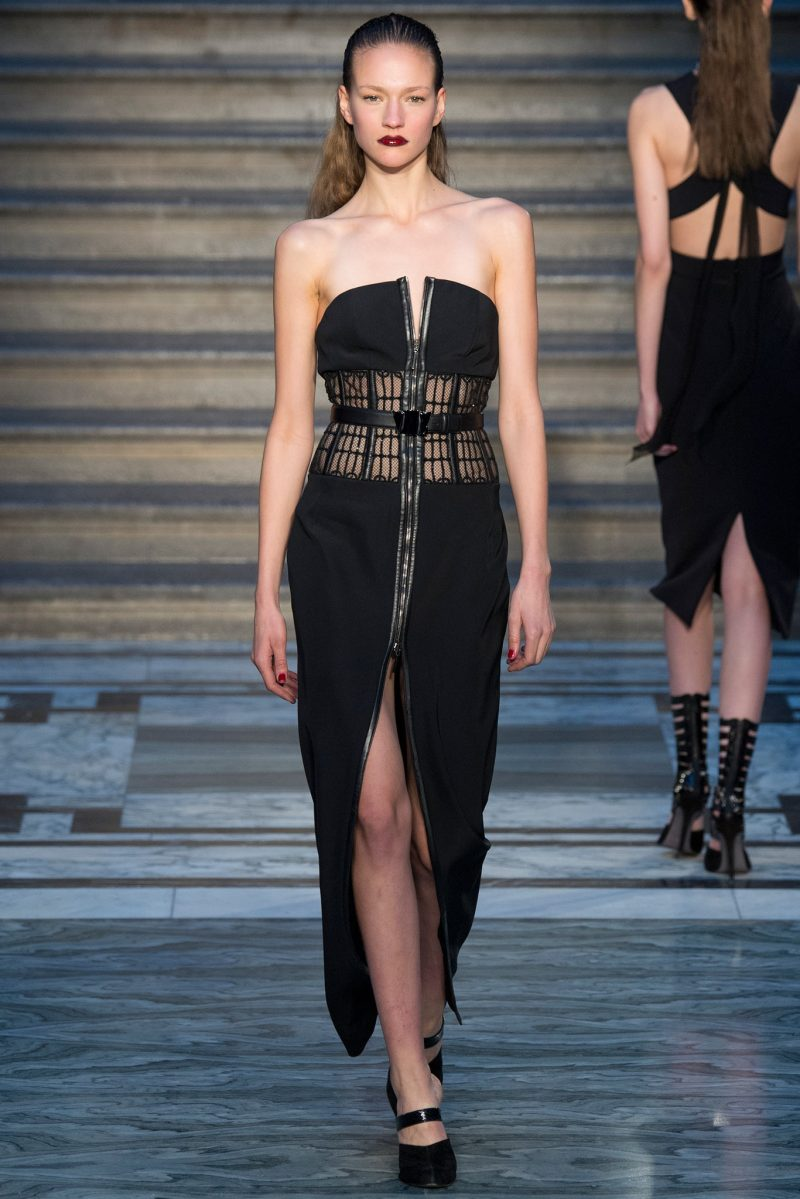 Julien Macdonald Ready to Wear FW 2015 LFW (4)