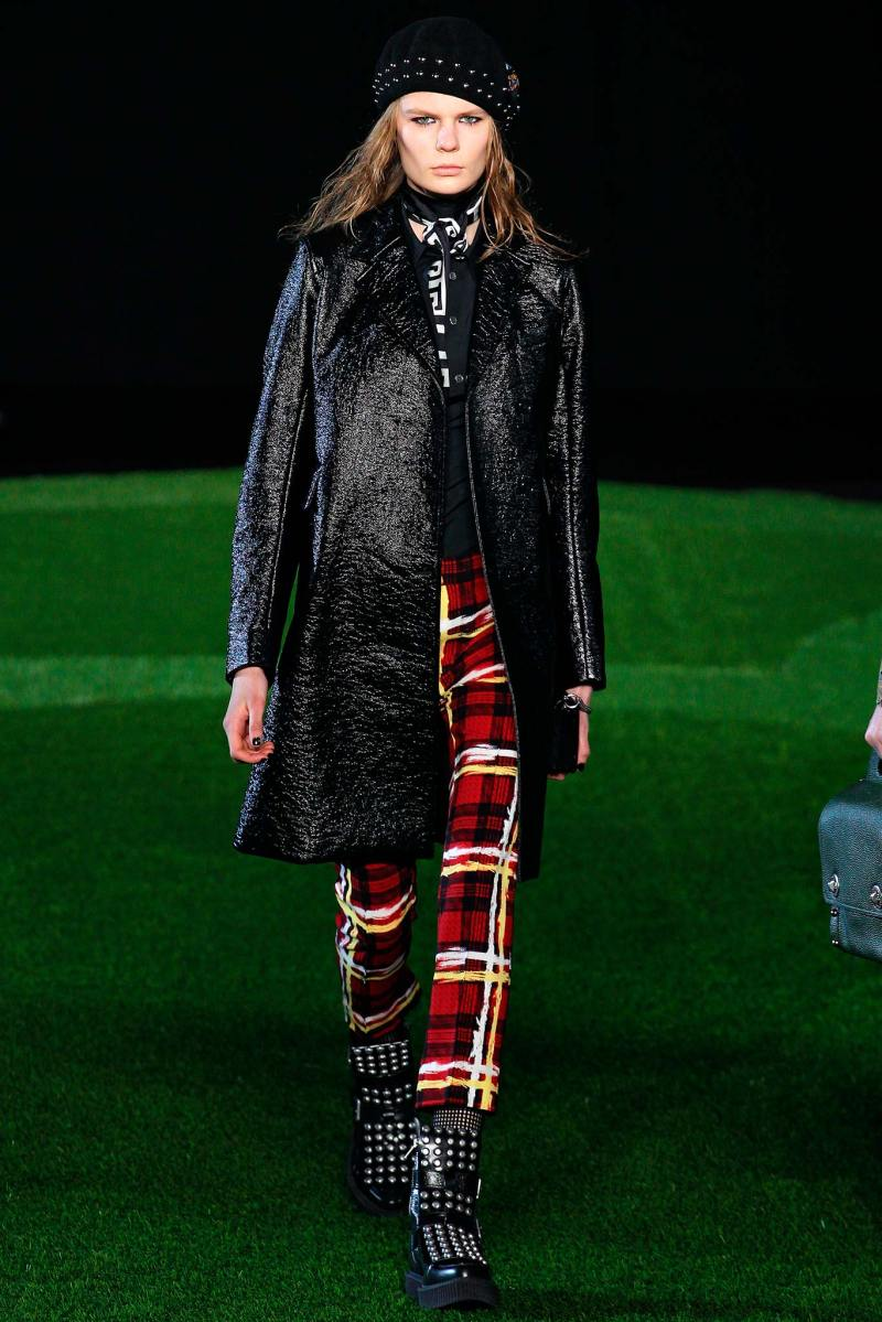 Marc by Marc Jacobs Ready to Wear FW 2015 NYFW (16)