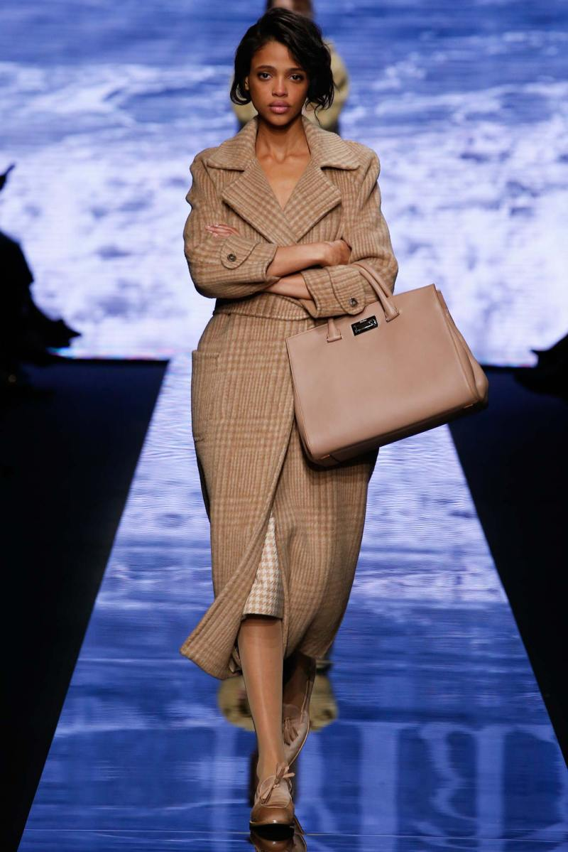 Max Mara Ready to Wear FW 2015 MFW (13)