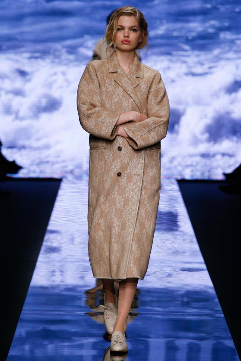 Max Mara Ready to Wear FW 2015 MFW (6)