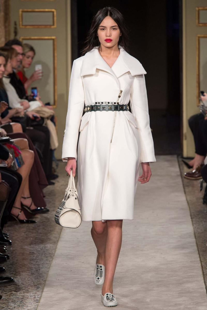 Tod's Ready to Wear FW 2015 MFW (15)