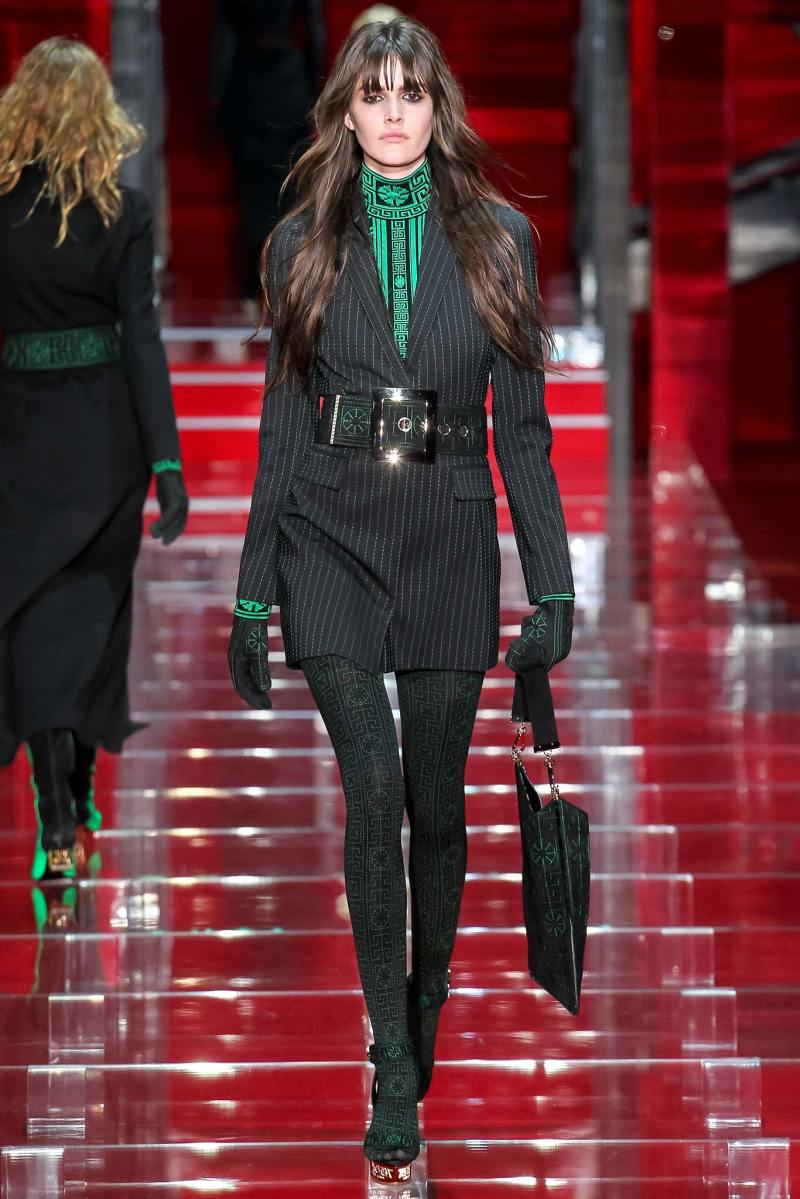 Versace Ready to Wear FW 2015 MFW (3)