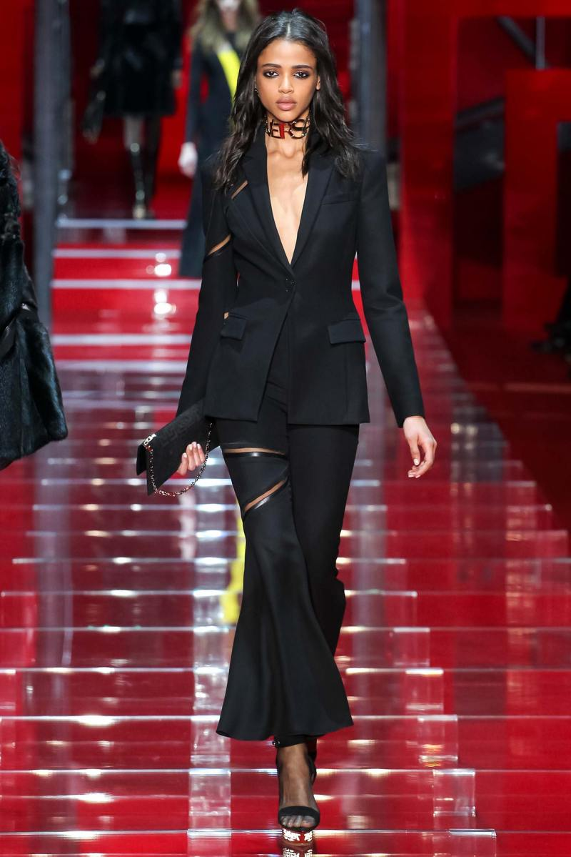 Versace Ready to Wear FW 2015 MFW (36)