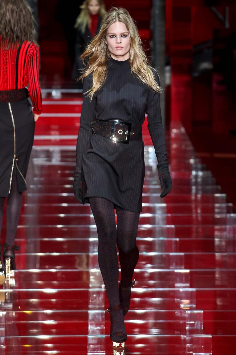 Versace Ready to Wear FW 2015 MFW (6)