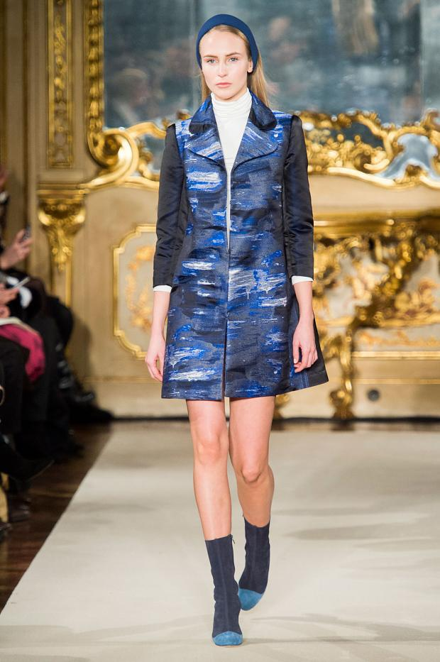 chicca-lualdi-beequeen-autumn-fall-winter-2015-mfw30
