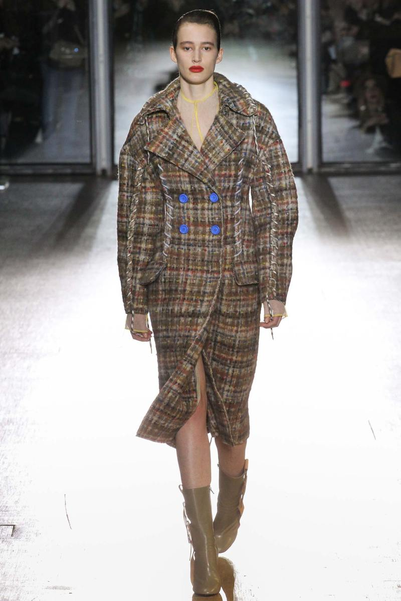Acne Studios Ready to Wear FW 2015 PFW (1)