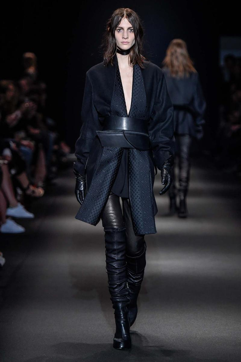 Ann Demeulemeester Ready to Wear FW 2015 PFW (14)